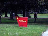 grillen stadtpark hamburg karte mit grillzonen grillplatz container f r grillkohle bilder. Black Bedroom Furniture Sets. Home Design Ideas